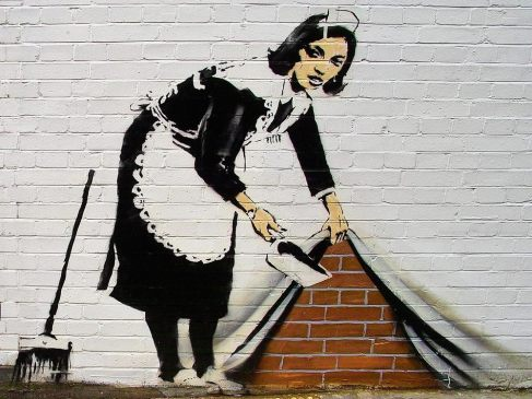 08-sweeper-banksy-wallpaper