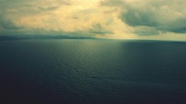 Ocean-Horizon-Clouds-HD