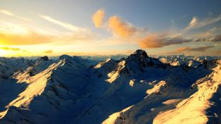 Sunny-Snow-Covered-Mountains