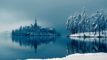 Beautiful-Winter-Lake