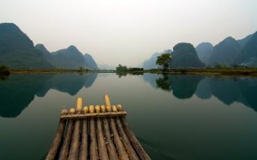 Dock-Mountains-HD