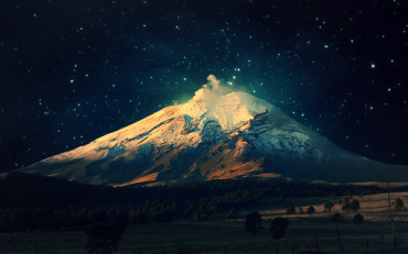 Nature-Mountain-by-Night