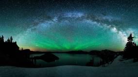 Northern-Landscape-Aurora-Borealis