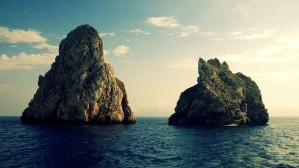 Rock-Islands-Destkop-Wallpaper