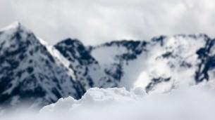 Snow-Mountains-HD-Photo