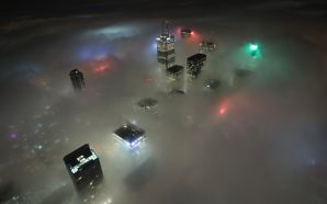 Toronto-Fog-by-Night-HD-Wallpaper