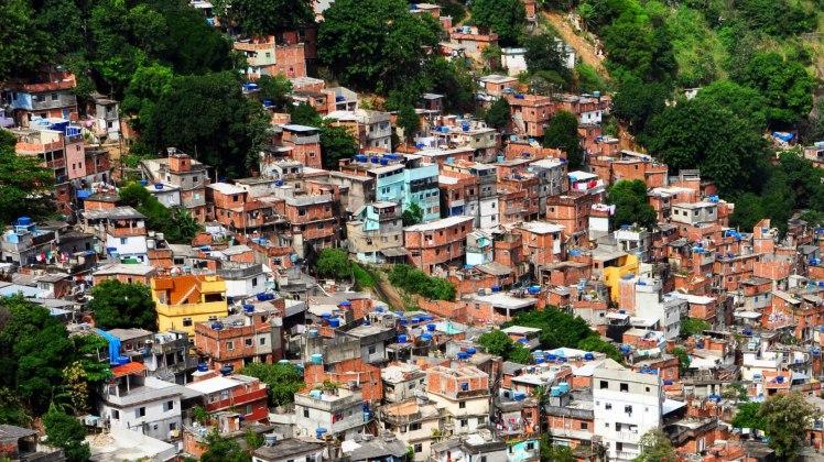 Brazilian-Favelas-HD-Wallpaper