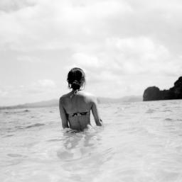 b&w ocean woman