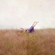 flying-meadows-woman-purple-feet
