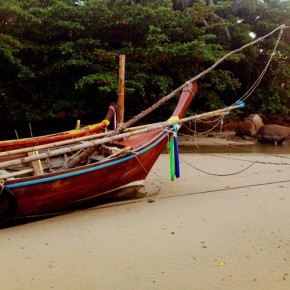 traditional boat colour