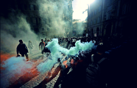 fun-serious-riot-smoke