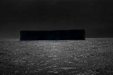 dark-shape-black-white-sea