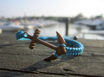 hipster-anchor